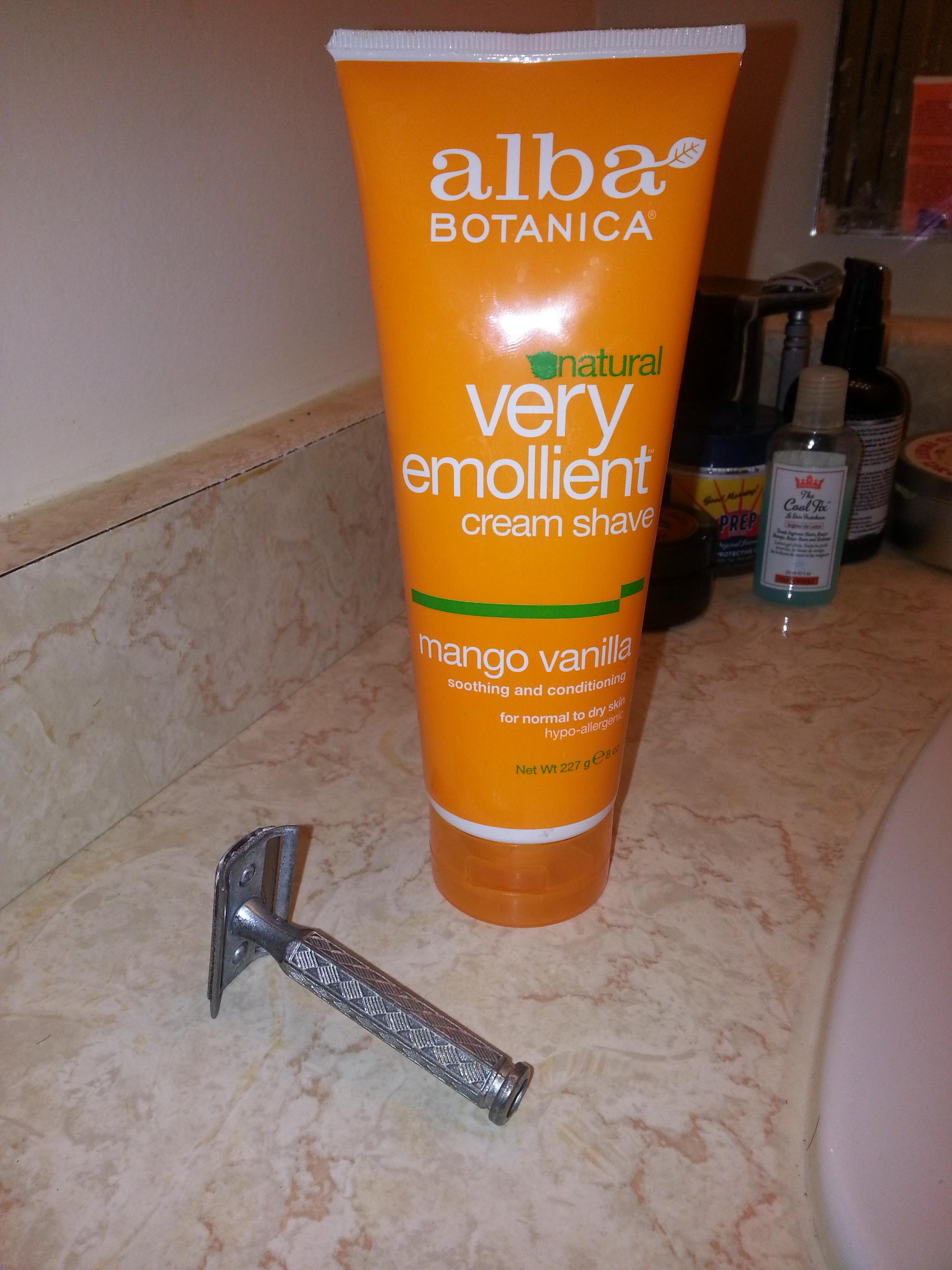 Alba Botanica – Natural Very Emollient Cream Shave – Mango